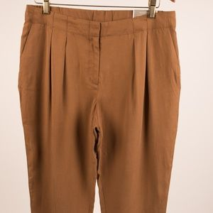Chico's Pants Skimmer The Ultimate Fit Cropped 10